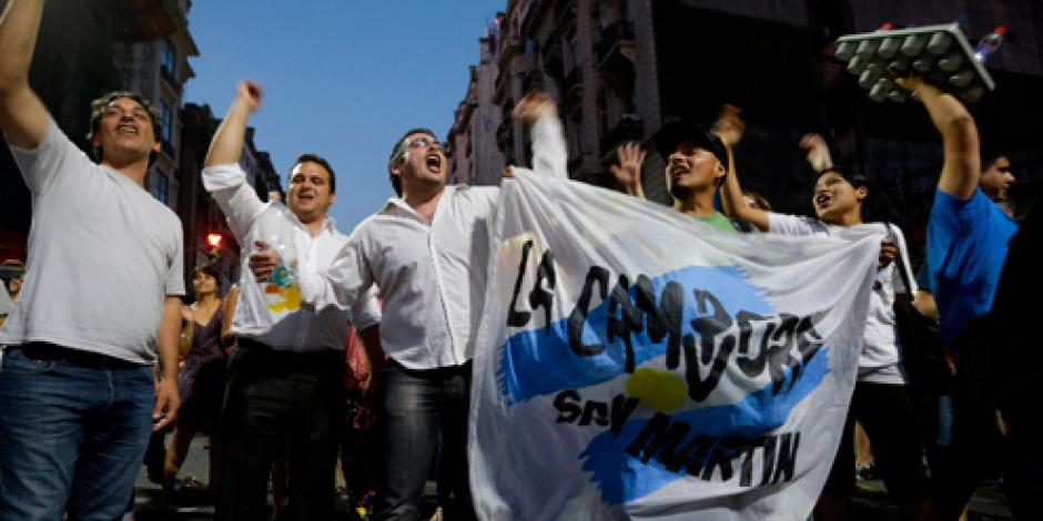 Juez desvincula a Macri de caso de espionaje
