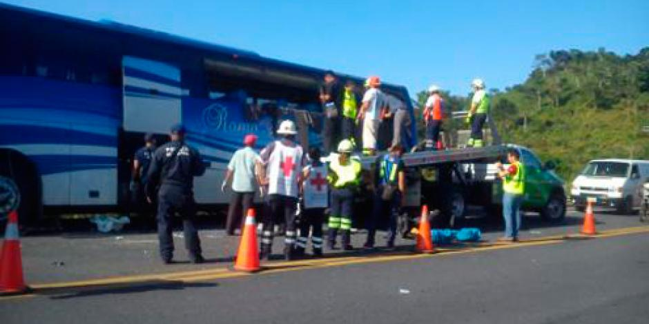 Suman 11 muertos tras accidente carretero en Veracruz