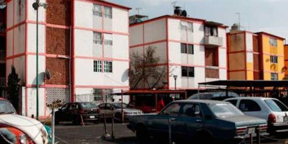 Alertan de riesgo de colapso en condominios de Iztacalco