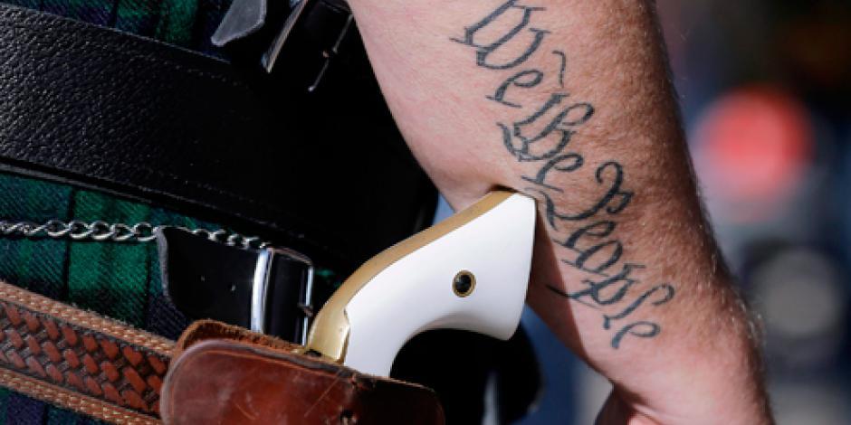 Termina en 2016 prohibición de portar armas a la vista en Texas