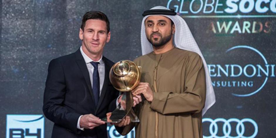 Recibe Messi premio al mejor futbolista del año