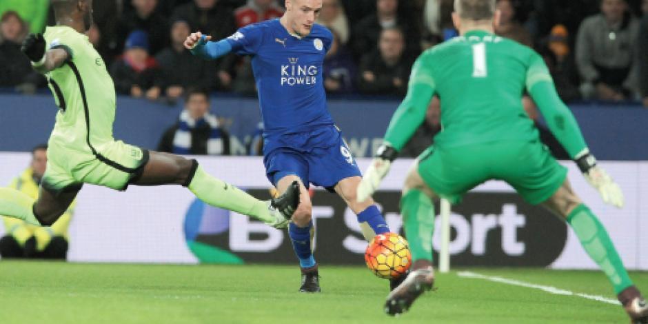 Empate del Leicester deja líder al Arsenal
