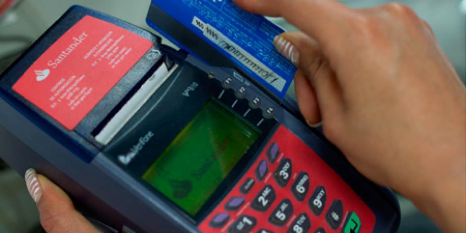 PRI propone quitar comisiones por pago con tarjeta