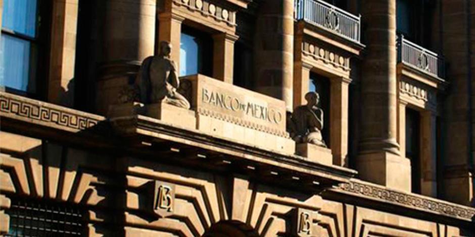 Vende Banxico 6 mdd a precio mínimo para favorecer al peso