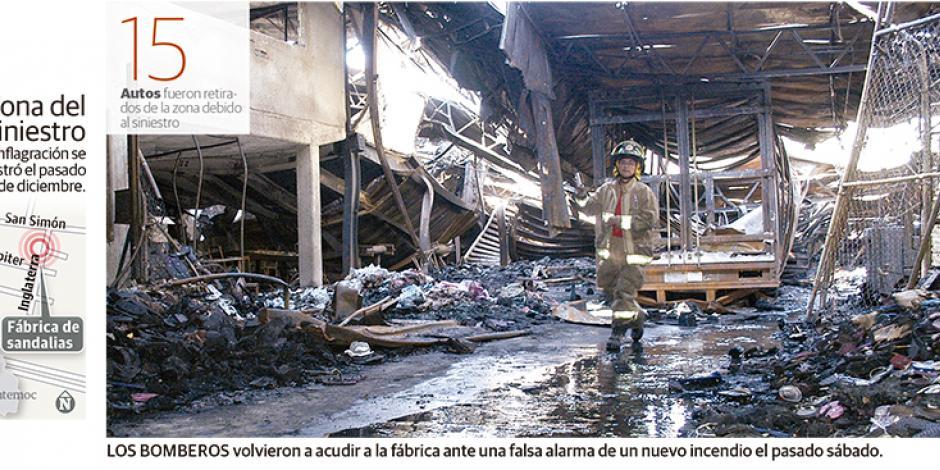 Cohete ocasionó incendio en una fábrica de sandalias
