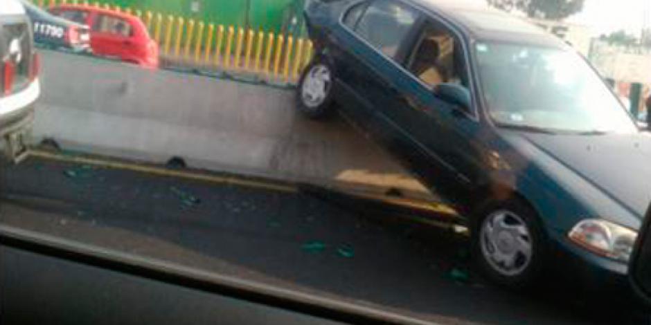 Accidente complica circulación en la México-Puebla