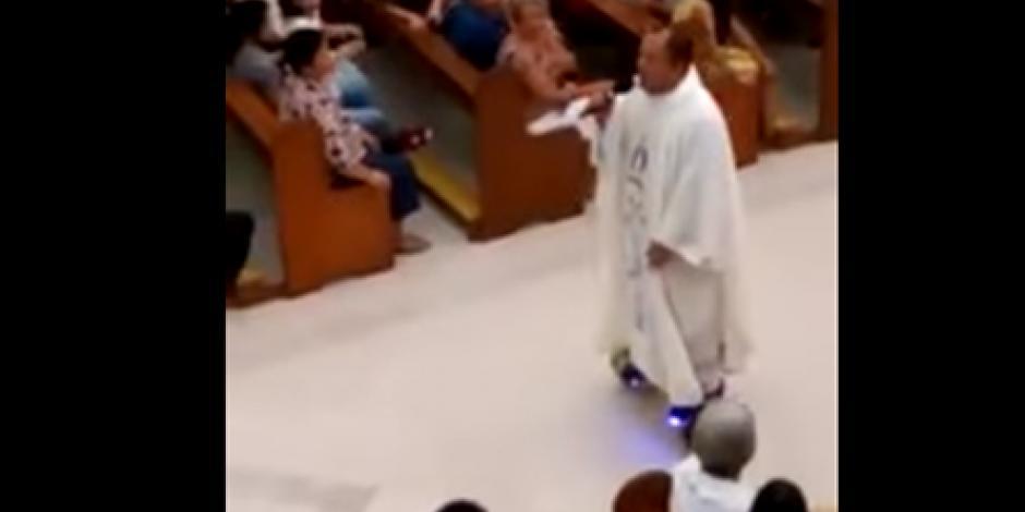 Sancionan a sacerdote por oficiar misa en patines