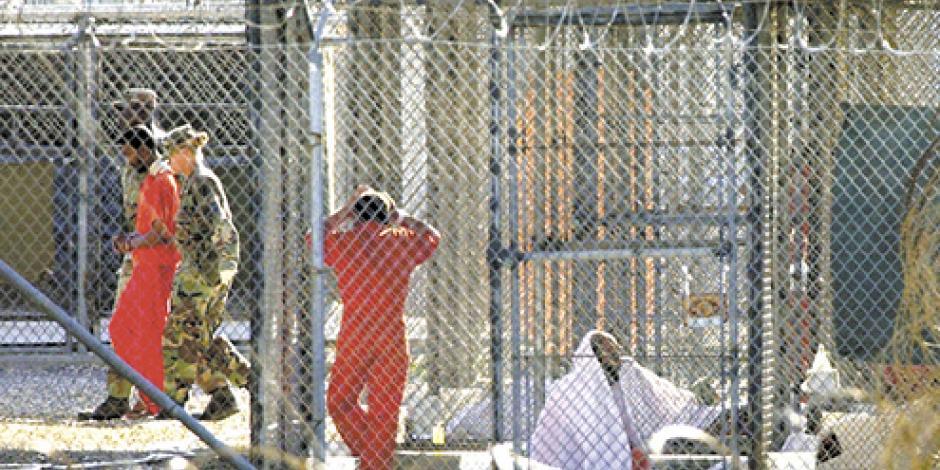 Transfieren en enero a reos de cárcel de Guantánamo