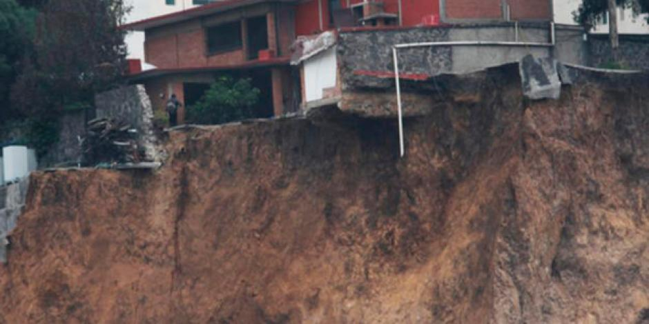 Caída de meteorito en Hueytamalco provoca leves daños