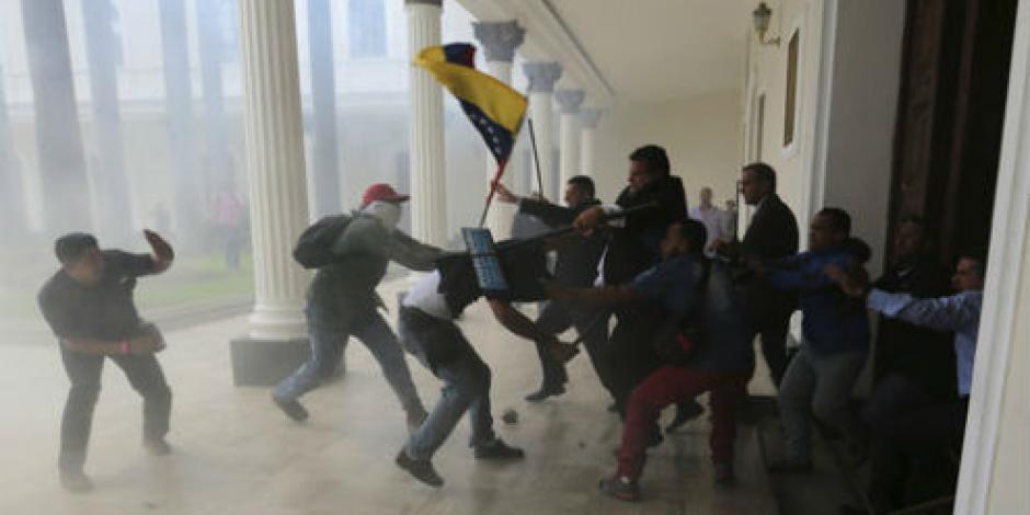 Alistan padres demandas por paro magisterial en Oaxaca