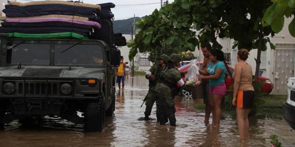 Bloquean por segundo día carretera Toluca-Naucalpan