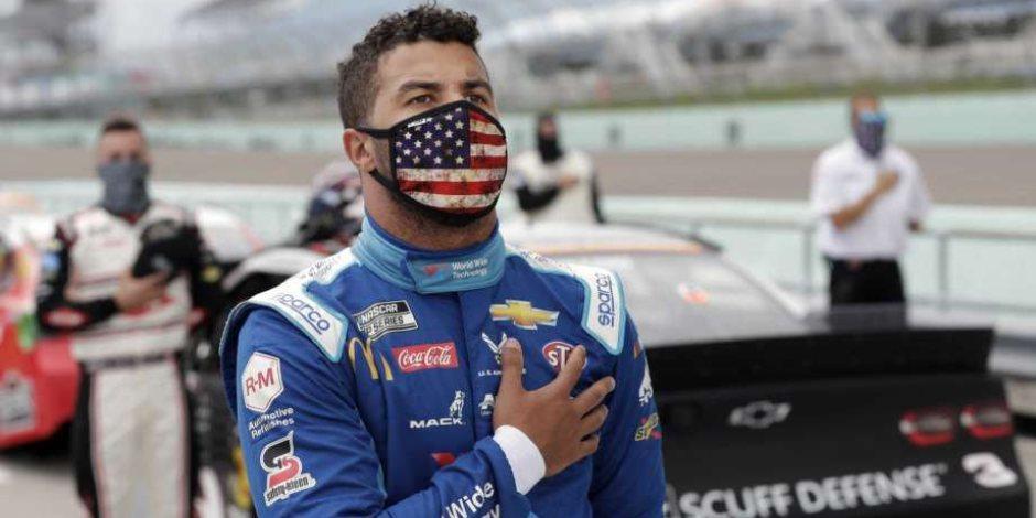 Amenazan de muerte al único piloto afroamericano en la NASCAR