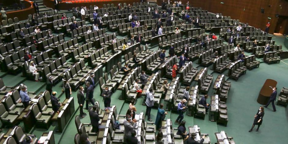 Los diputados no respetaron el acuerdo de votar en grupos de 50