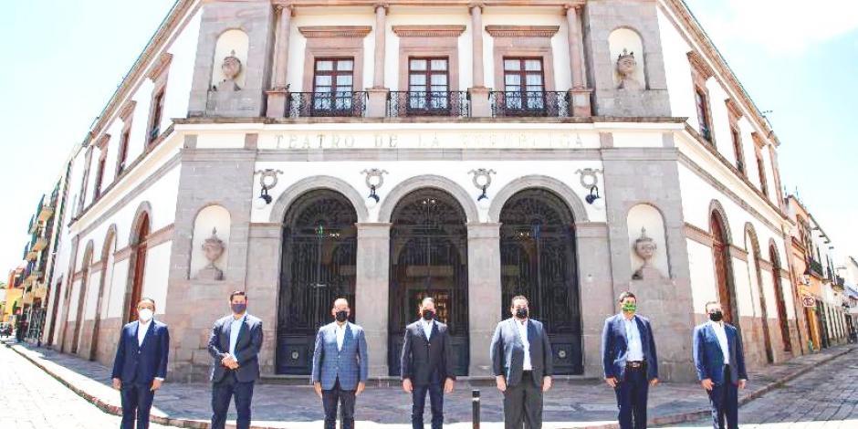 Gobernadores Goan reunidos en Querétaro