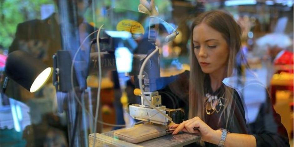 mujeres-trabajo-Hombres-FMI-Reuters-COVID-19