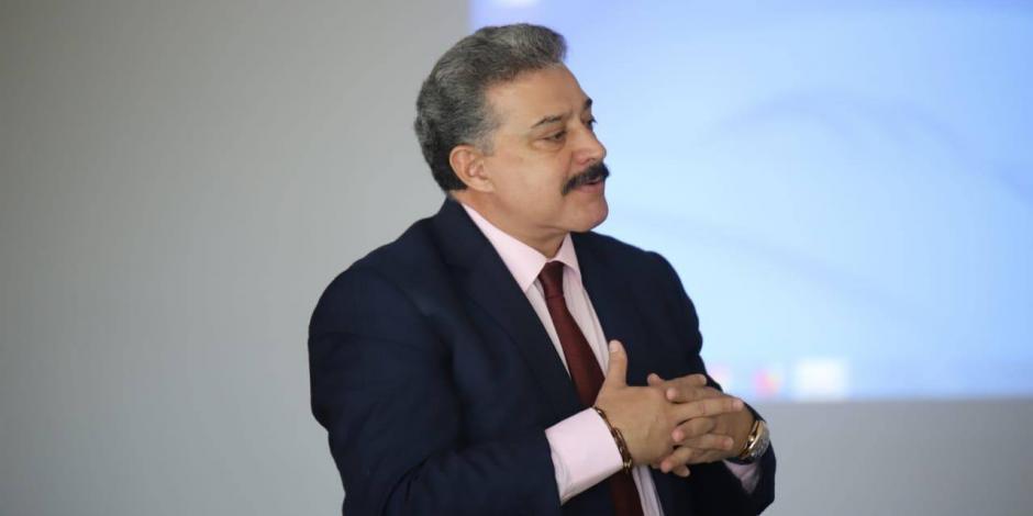 Carlos Lomelí
