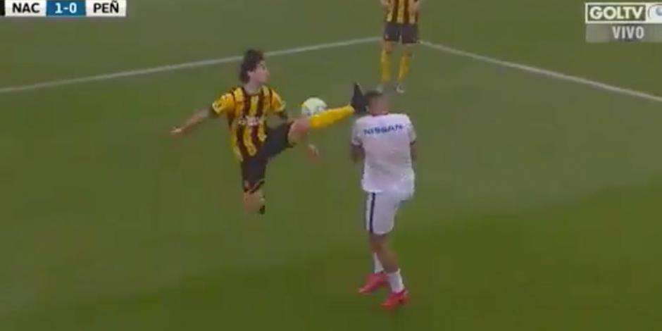 Matias-Britos-Penarol-Futbol-Uruguay-Clasico