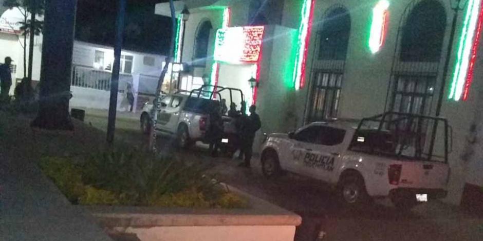 Policías Jalisco fiesta