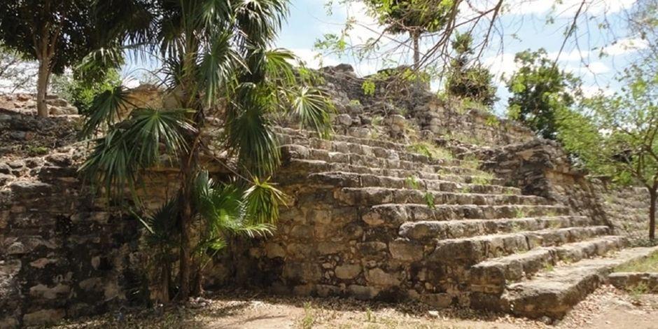 zona_arqueologica_chaltun_ha