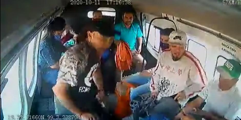 Asalto a combi en Ecatepec