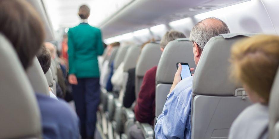 pasajeros-avión-vuelo