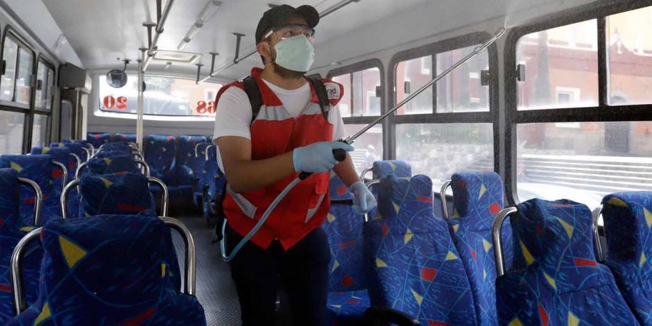 sanitizan transporte