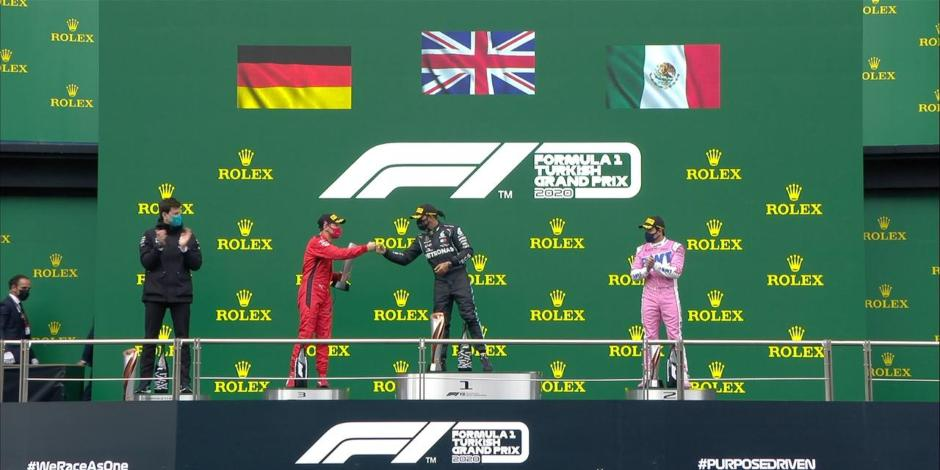 Fórmula 1 comete vergonzoso error en la premiación con Checo Pérez
