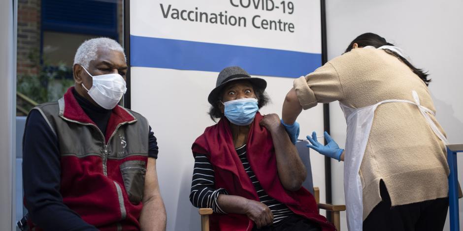Vacuna COVID-19 en Reino Unido