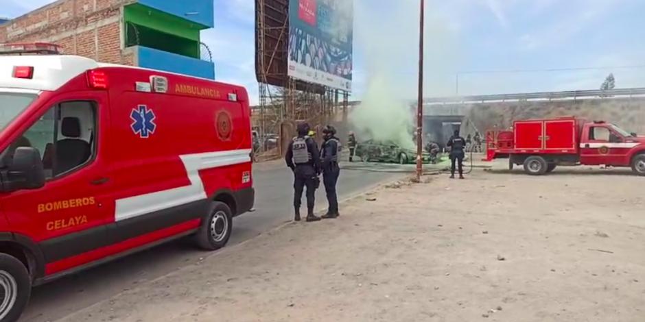 Bloqueo y quema de vehículos en Guanajuato.