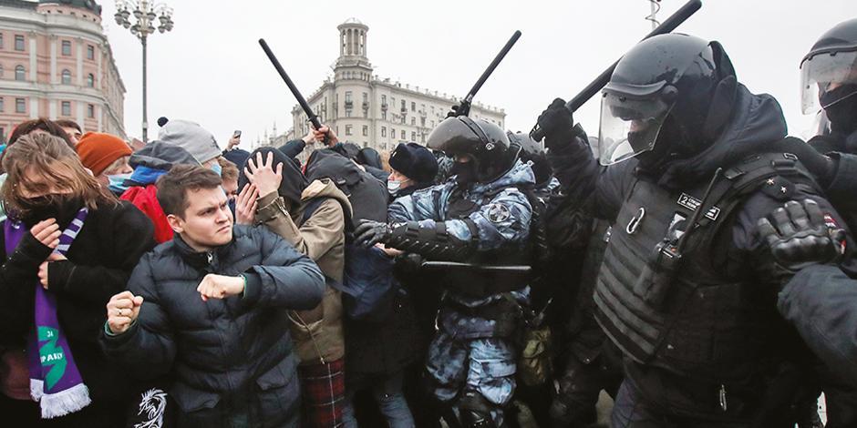 Observadores internacionales calculan que fue la protesta más grande en Moscú desde  las manifestaciones de 2019, pero el Ministerio del Interior ruso redujo el el número a 4 mil.
