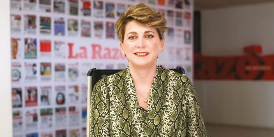 Karen Postlethwaite, en su visita a las oficinas de La Razón.