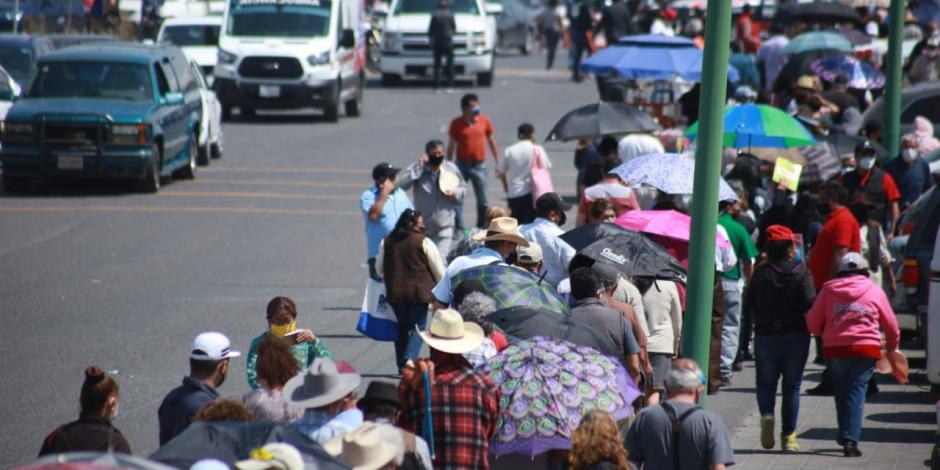 Fila vacuna covid Ecatepec