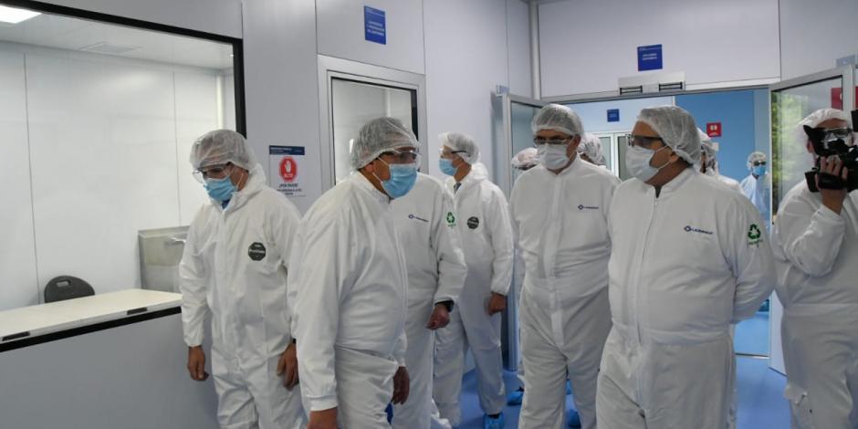 Presidente Alberto Fernández en la visita a Laboratorios Liomont