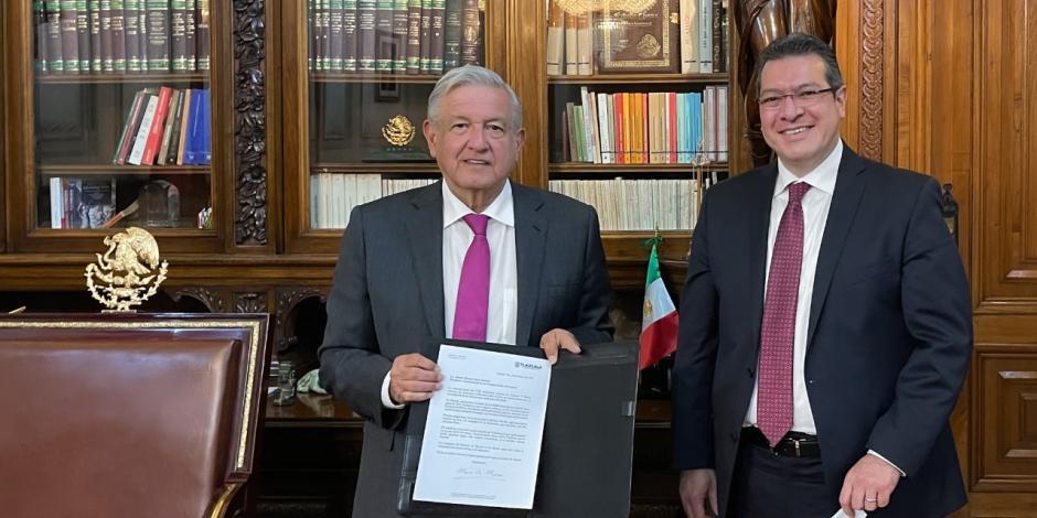 AMLO: Marco Mena, gobernador de Tlaxcala, primero en pacto democrático