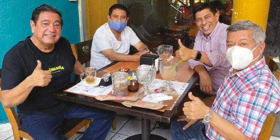 Félix Salgado se reunió con Salomón Jara y  Marcial Rodríguez en Acapulco, ayer.