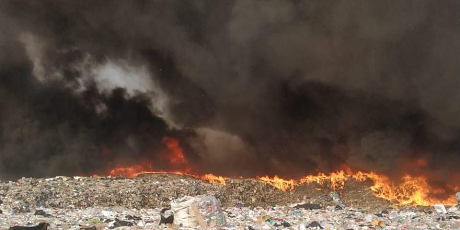 humo bordo-incendio-neza