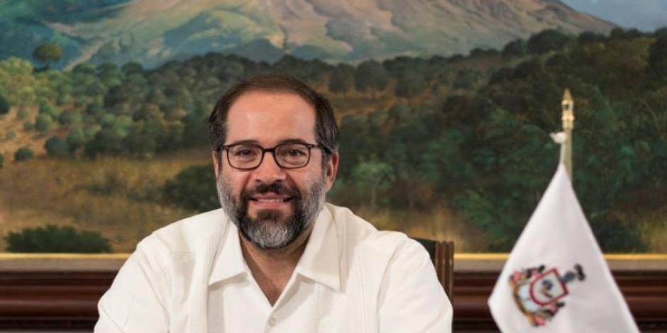 Ignacio peralta, gobernador de Colima.