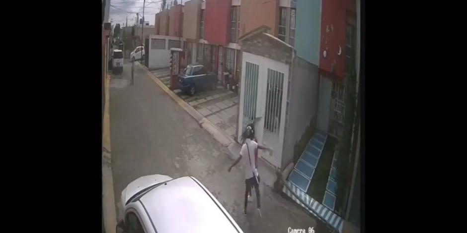 Ecatepec: sujeto golpea a mujer