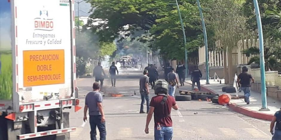 Manifestantes-normalistas-operativo-Chiapas