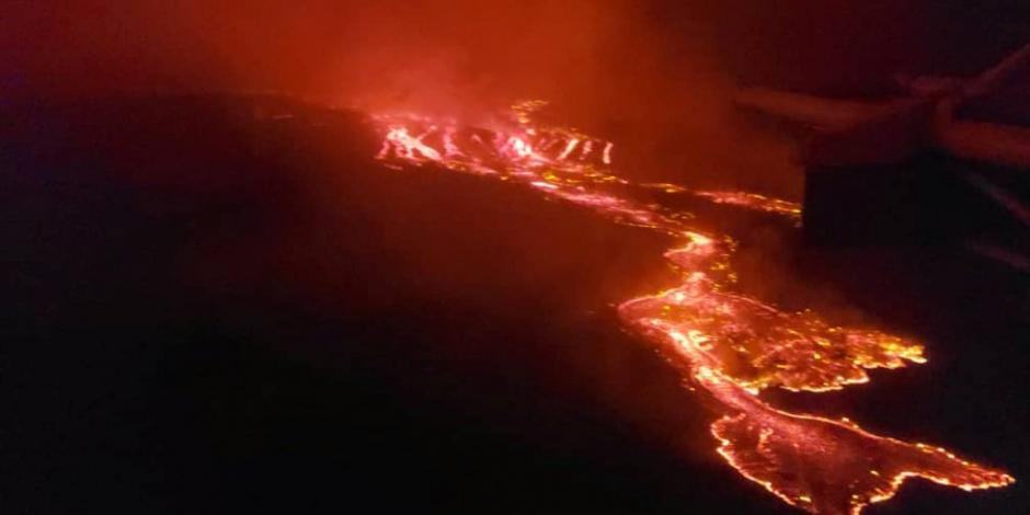 Toma aérea de la erupción del volcán Nyiragongo, en el Congo.