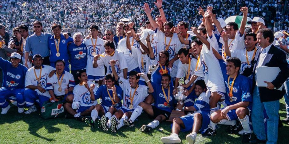 CRUZ AZUL: ¿Qué pasaba en el mundo la última vez que fue campeón de Liga MX?