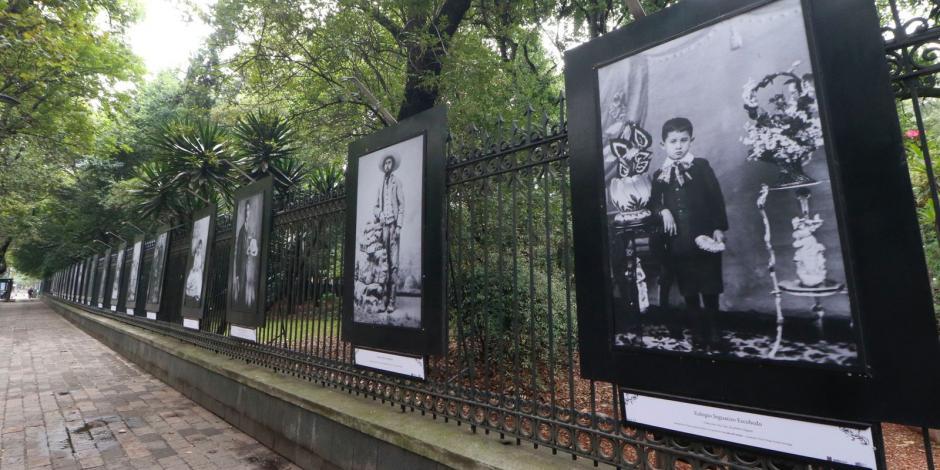 expo Ramón López Velarde.