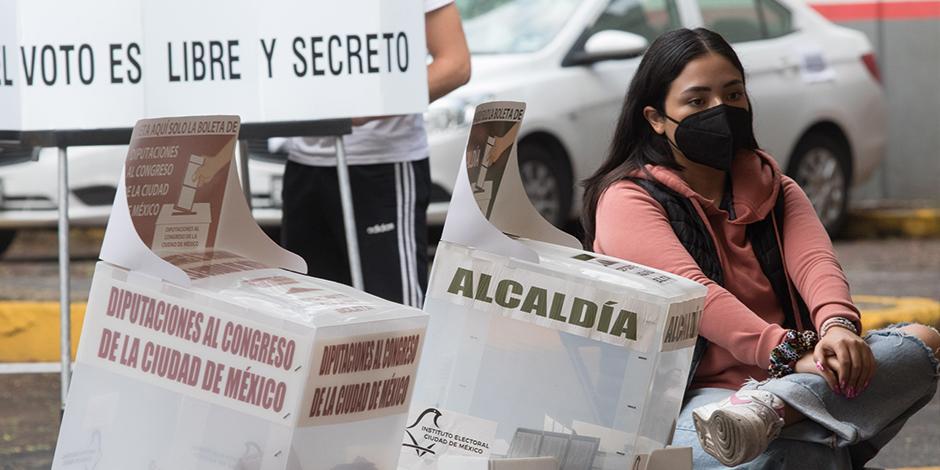 EN LOS COMICIOS del domingo 6 de junio acudió a votar el 52 por ciento de los ciudadanos inscritos en la lista nominal.