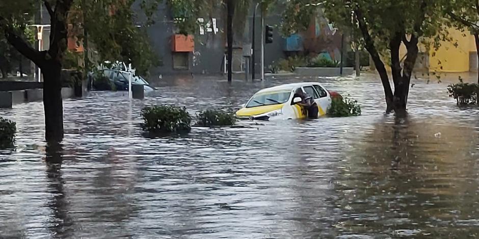 Lluvias dejan severas inundaciones en la Zona Metropolitana de Guadalajara