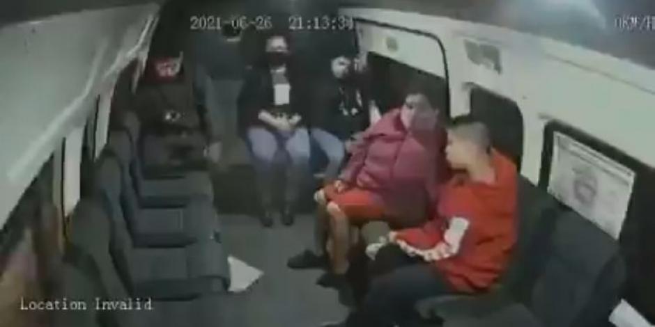 Asalto a combi en Estado de México