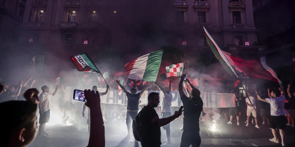 Reportan un muerto en celebraciones del título de la Euro en Italia; otras decenas de personas resultaron heridas