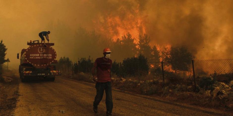 Aviones europeos apoyan a Turquía a socavar llamas
