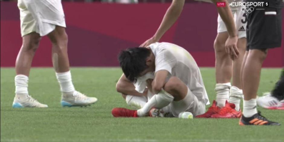 VIDEO: El inconsolable llanto de Kubo tras perder la medalla de bronce ante México