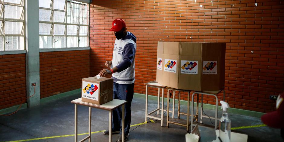 2021-08-08T125136Z_1130156193_RC2Z0P9UABJF_RTRMADP_3_VENEZUELA-ELECTION