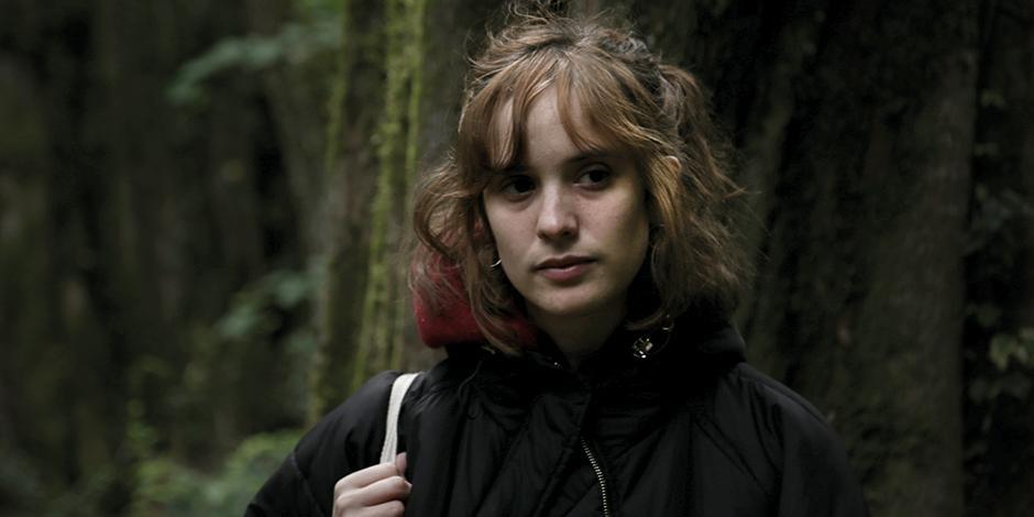 La autora,  en una foto  promocional.